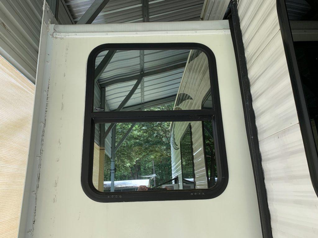 Rear Slide window